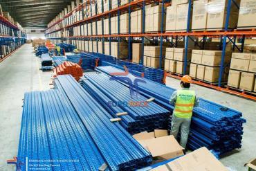 Công ty chuyên sản xuất làm kệ chứa hàng tại Hồ Chí Minh - Eurorack