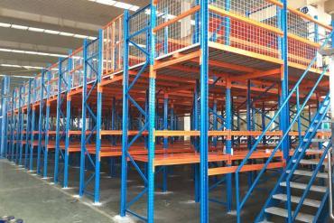 Kệ sàn chứa hàng công nghiệp - 4 ưu điểm vượt trội