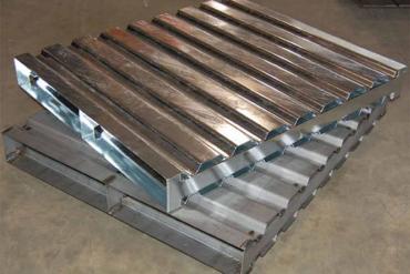 Các loại pallet thép trong công nghiệp