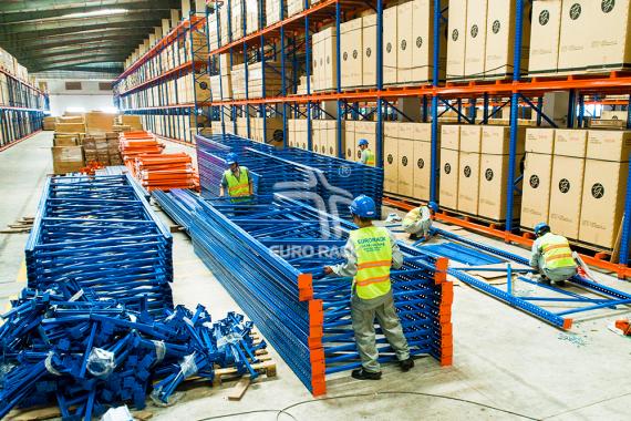 kệ chứa hàng sản xuất tại eurorack